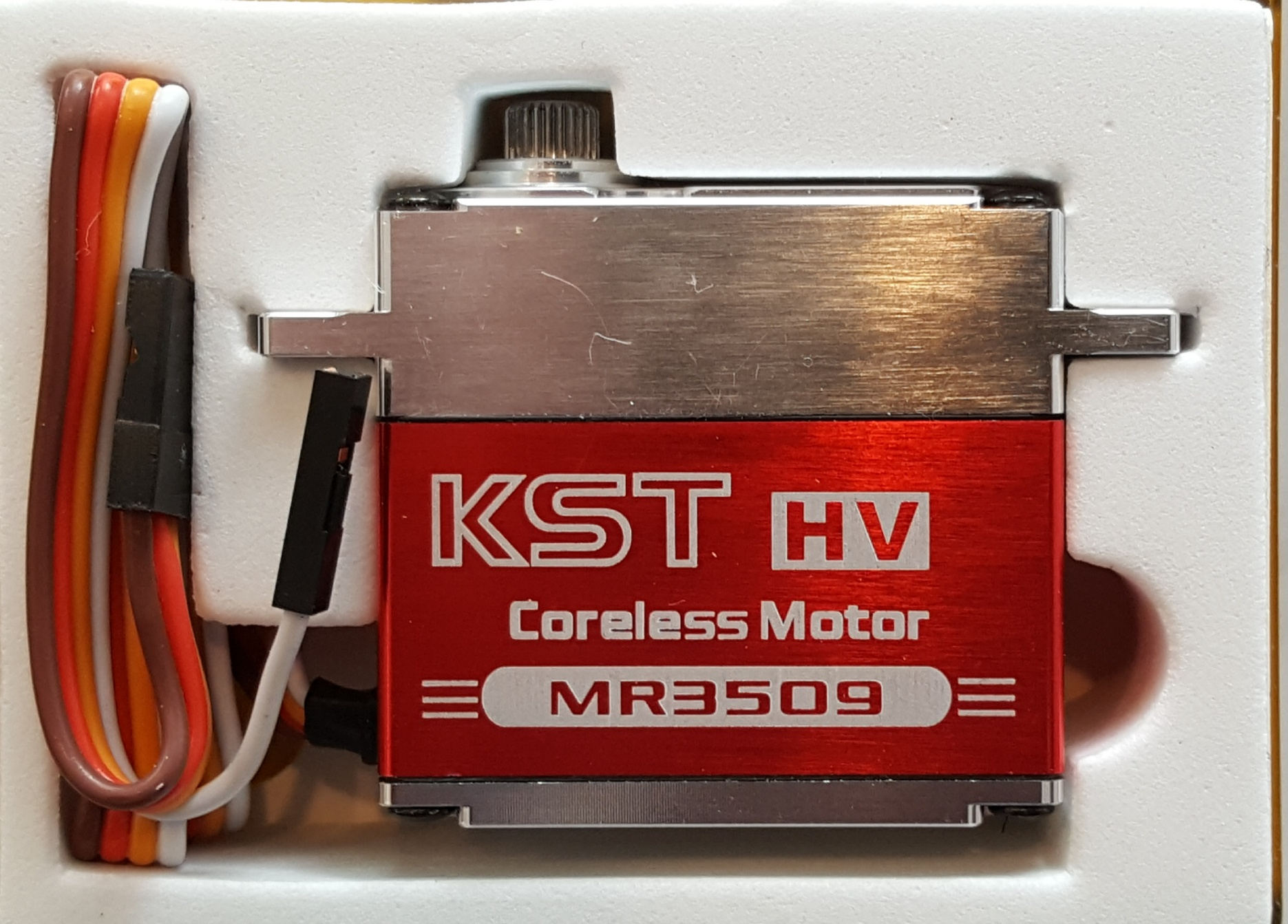 KST DS3509MG Digital Hi-Torque Servo