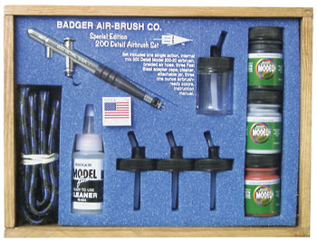Badger 220-19 Airbrush Set w/Modelflex Paints